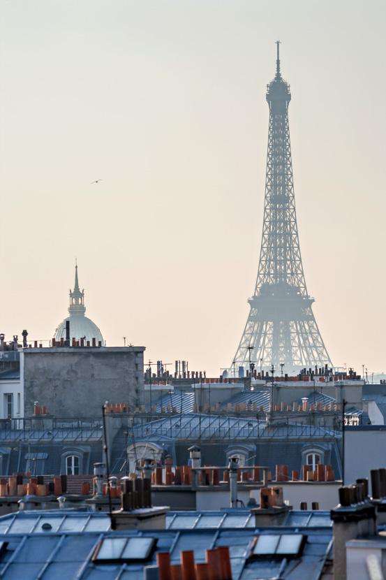 La tour eiffel les invalides et les toits de paris - Visite des toits de paris ...